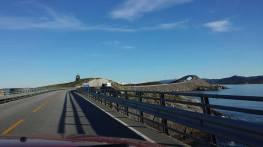 På vei over Atlanterhavsvegen på Sikkerhetskurs på vei